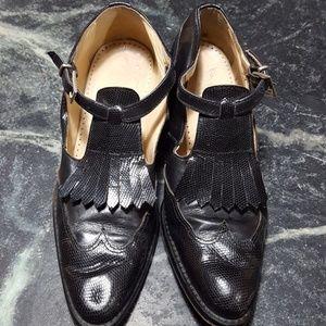Joan & David Leather Oxford Wingtips: Navy